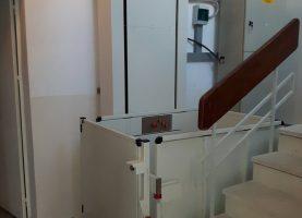 Αναβατόριο ΑΜΕΑ KLEEMANN σε Δημόσιο Κτίριο στον Άλιμο